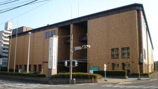 1280px-Iwate_Kenmin_Kaikan_2012