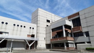 Niigata_city_Music_and_Culture_Hall