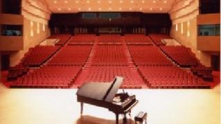 l_hall_piano